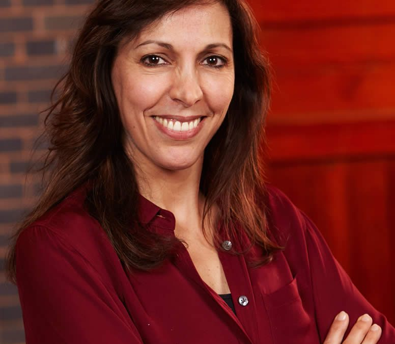Dr. Elena Verdu