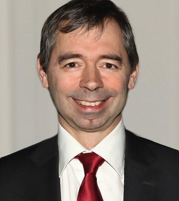 Dr. Jan Tack